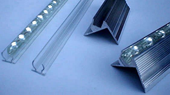 led beleuchtung led beleuchtungssysteme lichtleisten licht leisten fassadenbeleuchtung. Black Bedroom Furniture Sets. Home Design Ideas
